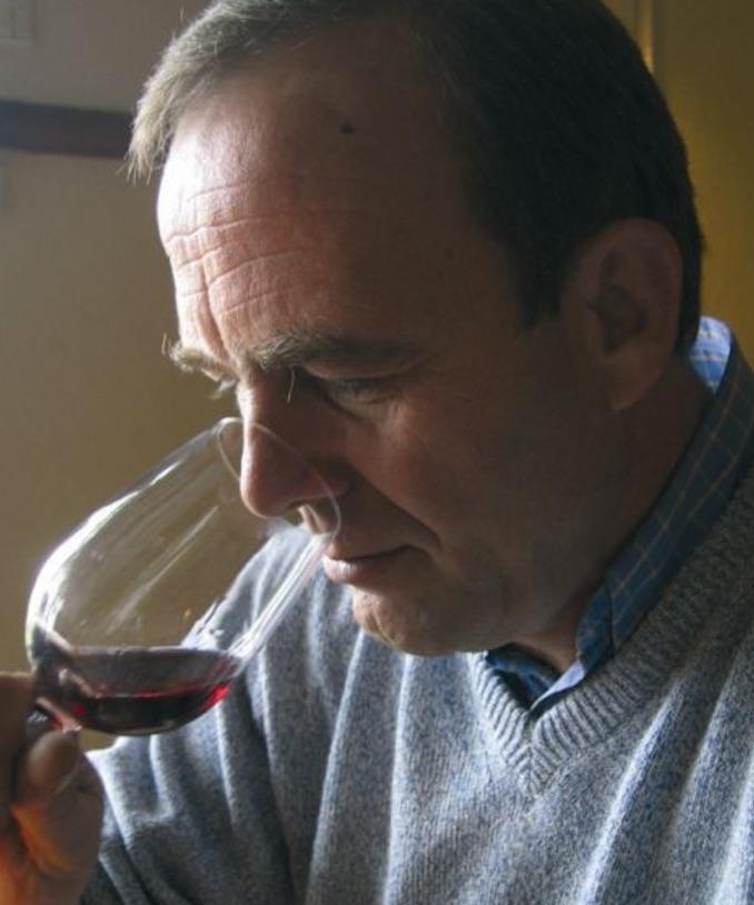 Thomas Ligas has been making wine in Pella since 1985.