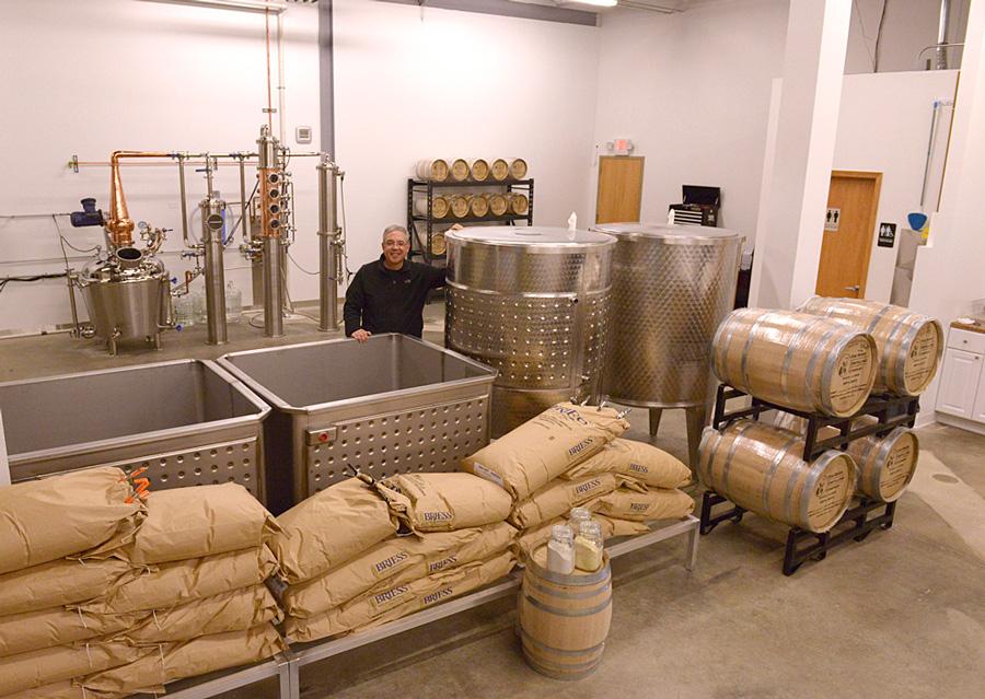 FOX RIVER DISTILLING COMPANY distillery